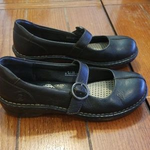 Born Leather Mary Jane's Flats Size 8